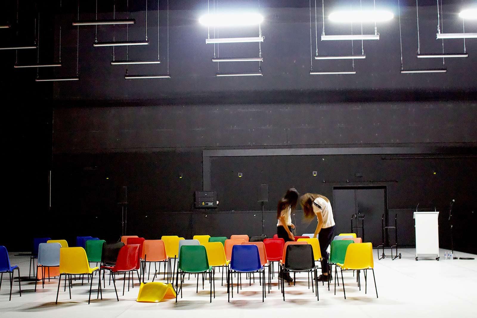 Sœurs : 21-04-2021 au PBA (théâtre)
