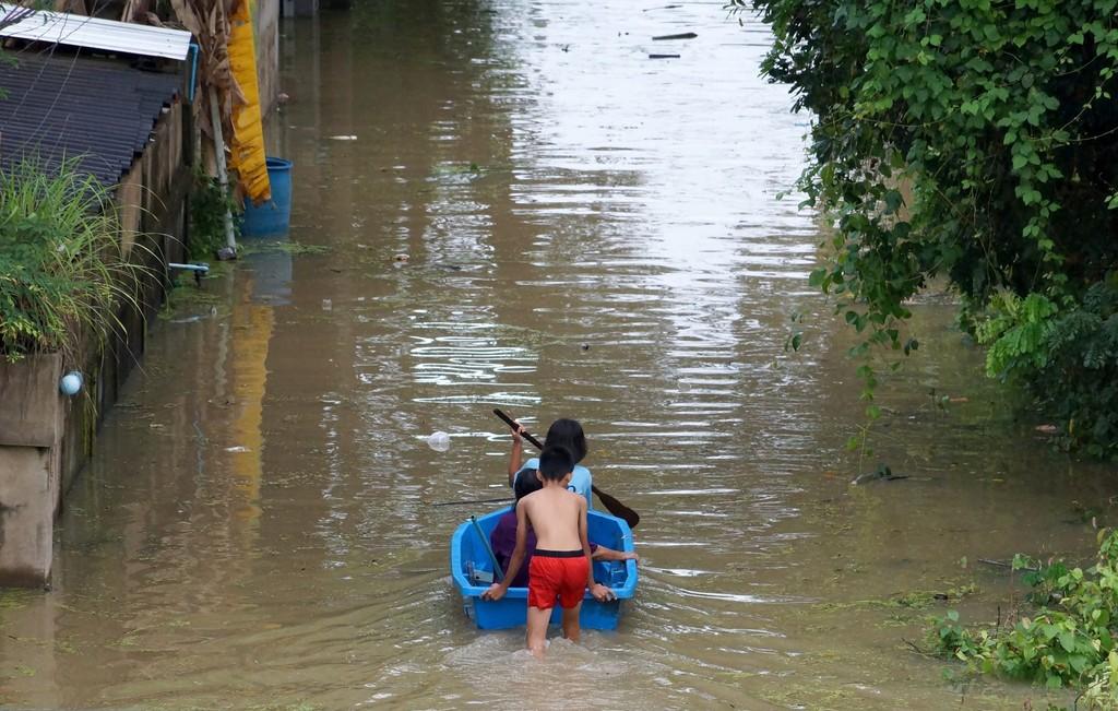 Future Flows: Forecasting and responding to environmental migration