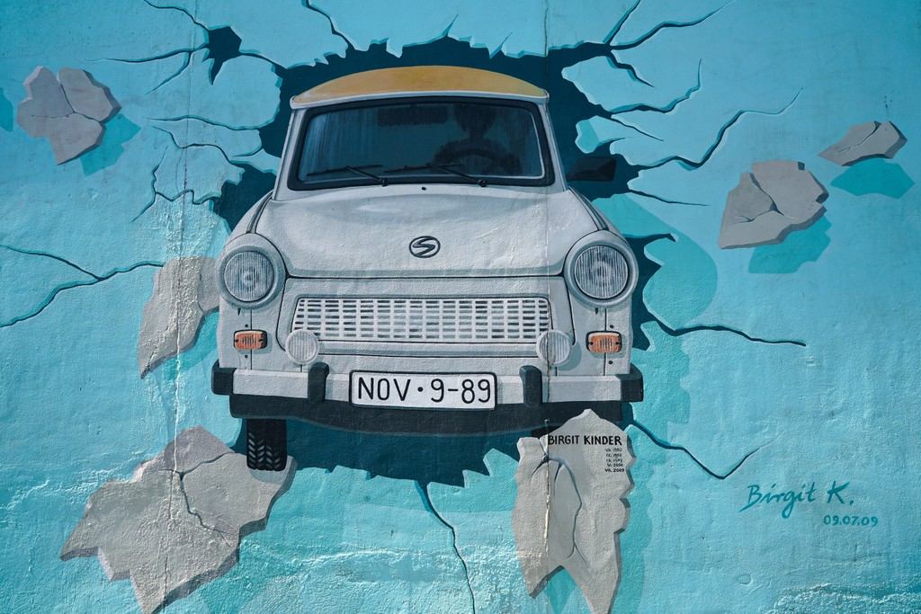Lessons from History: Europe and the fall of the Berlin Wall
