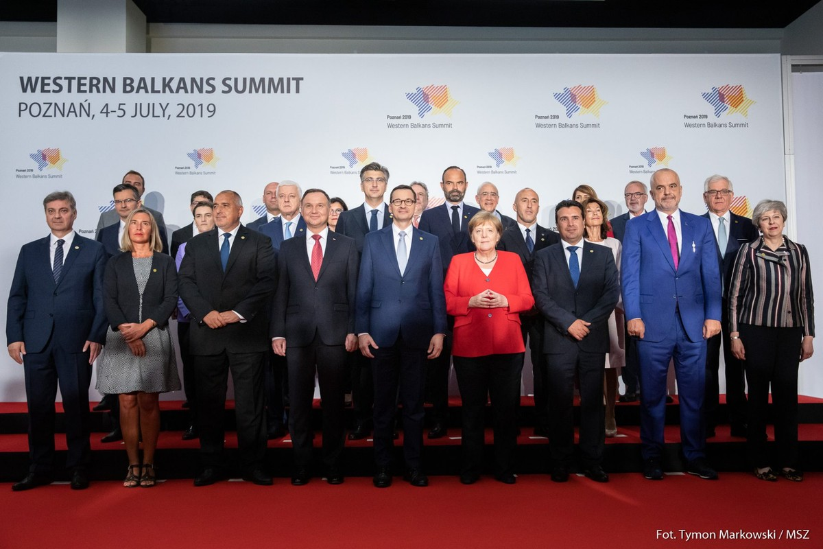 It takes two to tango: the Western Balkans between hope and reality