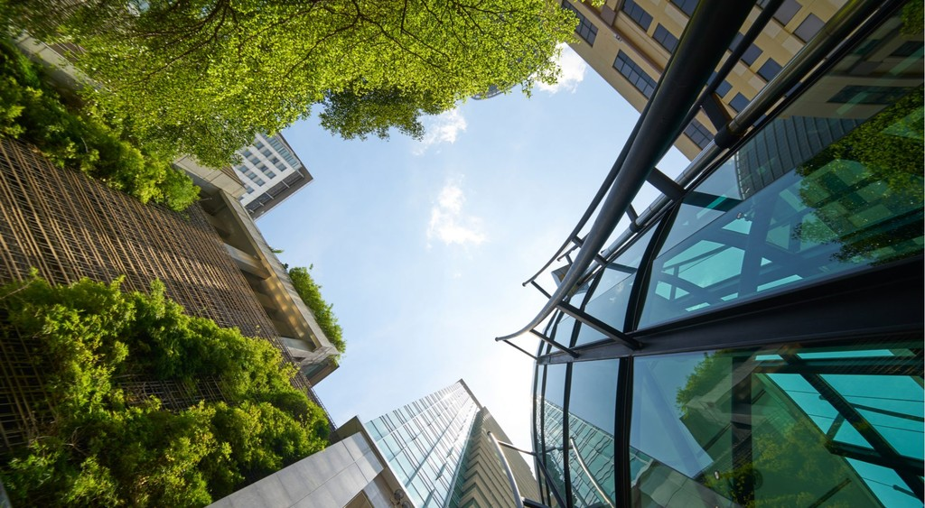 Investing in a greener urban future: Towards sustainable housing and low-emission infrastructure