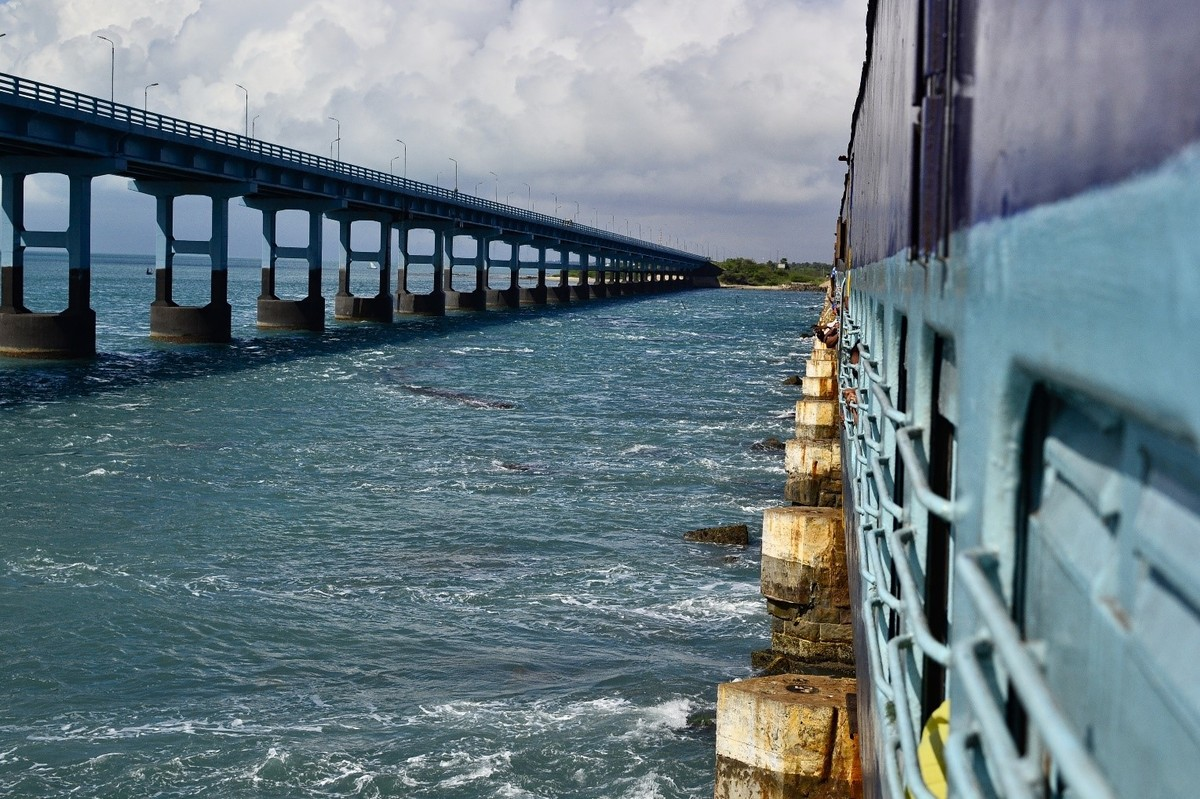 Water, road and rail: connecting Afro-Eurasia